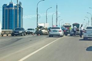 В Астрахани на Новом мосту вДТП из трёх машин пострадали люди