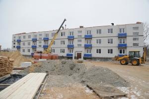 В Енотаевке достраивают два дома для детей-сирот