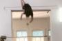 Астраханский гимнаст показал, как делает зарядку